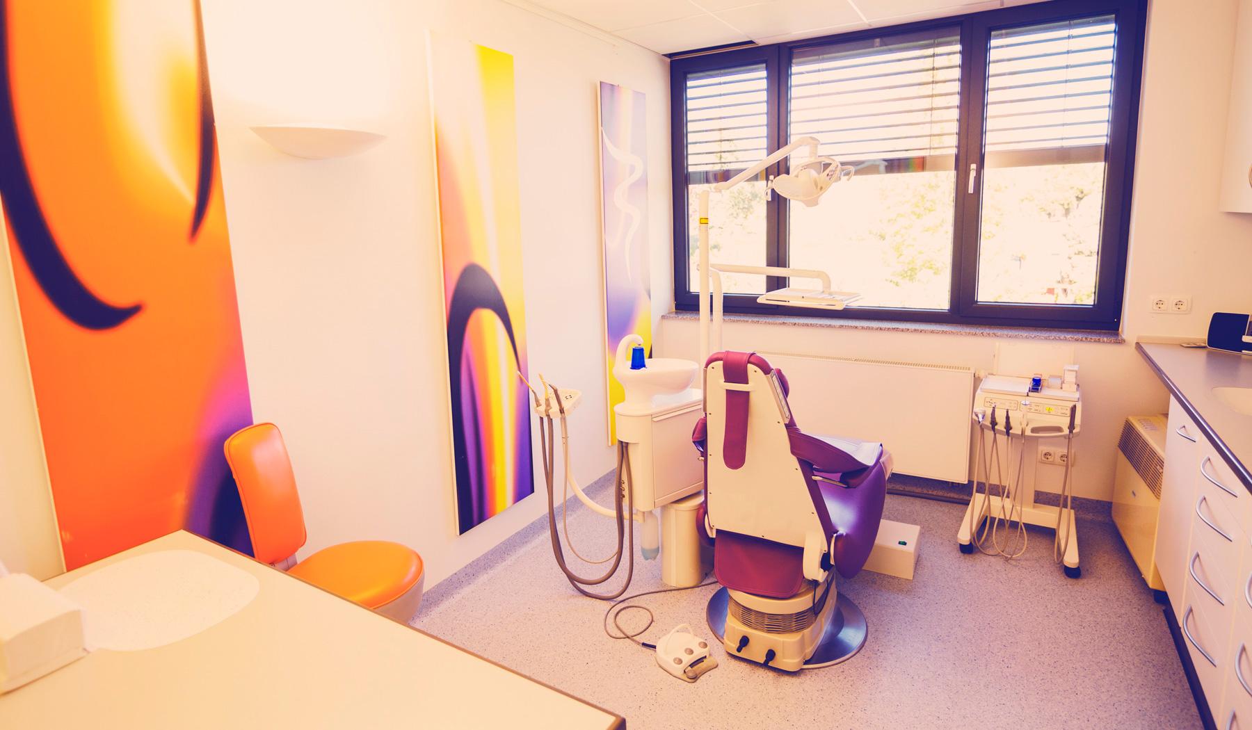 Behandlungszimmer ZahnÄrzte Wettenberg